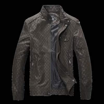 veste louis vuitton avec logo dans le dos homme site veste. Black Bedroom Furniture Sets. Home Design Ideas